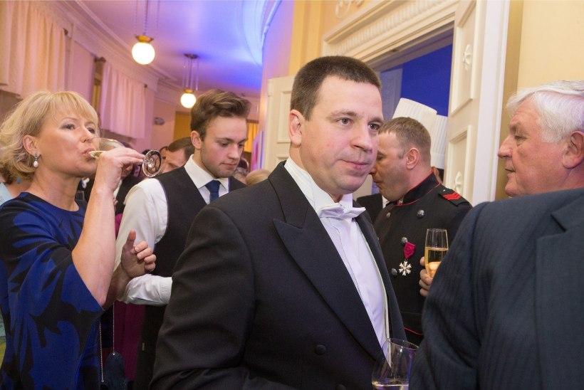TELEFONITERROR OTSE-EETRIS: Jüri Ratas kartis lähedaste ja riigi pärast, kuid tegelikult piirasid teda reformierakondlased
