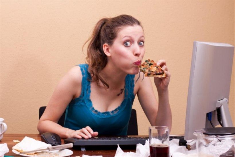Palun ära söö neid toite oma kontorilaua ääres!
