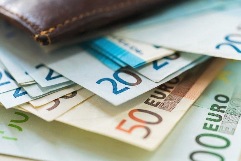 REVOLUTSIOON LAENUTURUL | Compara aitab leida parima laenupakkumise