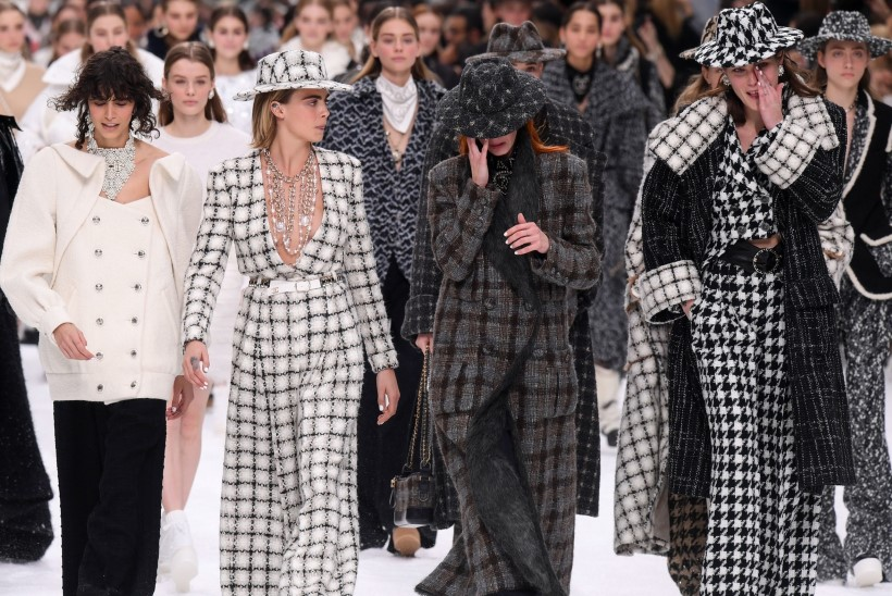 Karl Lagerfeldi viimsel šõul voolasid pisarad