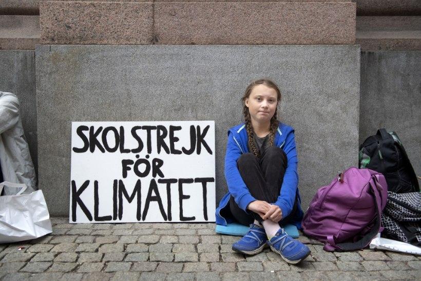 Koolitüdruk innustab sadu tuhandeid noori kliimamuutustega võitlema