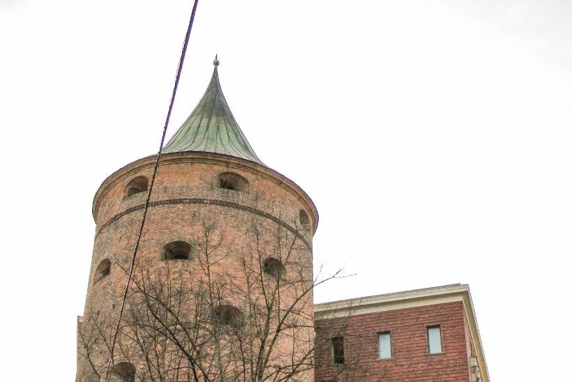 Läti Vabariik 100, aga Läti sõjamuuseum 102! Kuidas niimoodi saab?