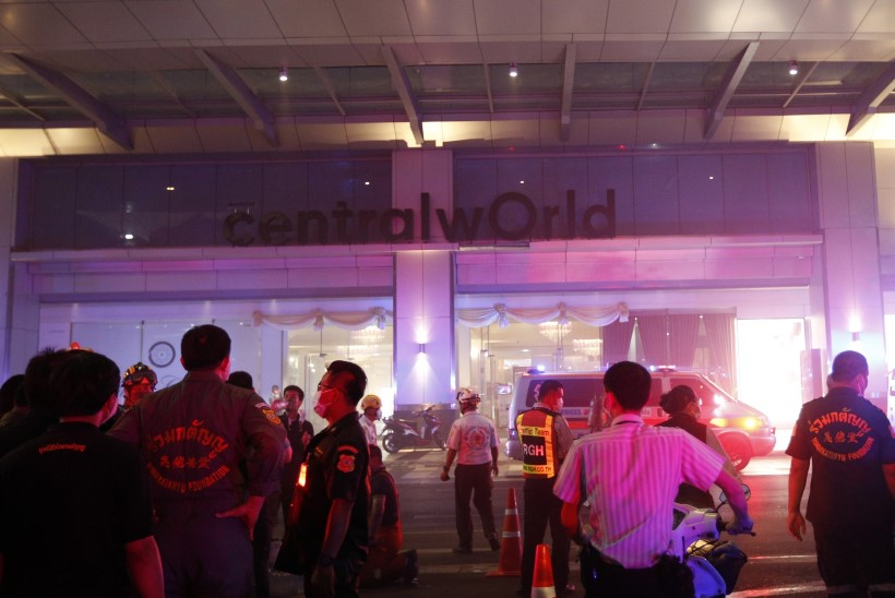 Bangkoki kaubamaja põlengus hukkus kaks inimest