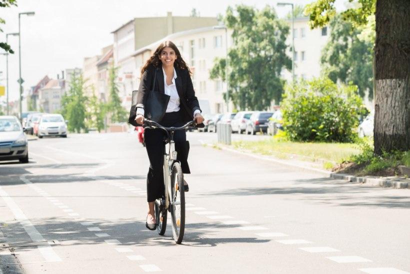 VIDEO | Kuidas liigelda rattaga jalgratta- ja jalgteel?