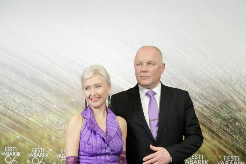 Raimo Kägu kooselust Kristiina Ojulandiga: kui kaks kõva kivi on tihedalt ühe katuse all, siis võtab kirg leegi üles, nii et katus võib kannatada saada