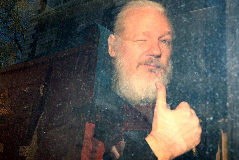 Ecuadori siseminister: Julian Assange määris meie saatkonna seinad väljaheidetega kokku!