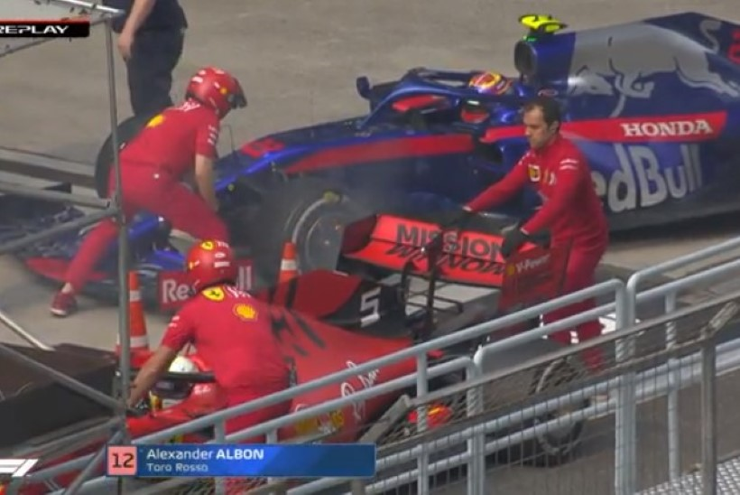VIDEO | Härrasmees Vettel päästis kolleegi vormeli põlema süttimisest