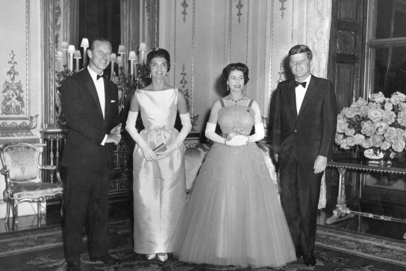 Meenuta, kuidas Jackie Kennedy ja kuninganna Elizabeth II üksteisele pinnuks silmas olid!