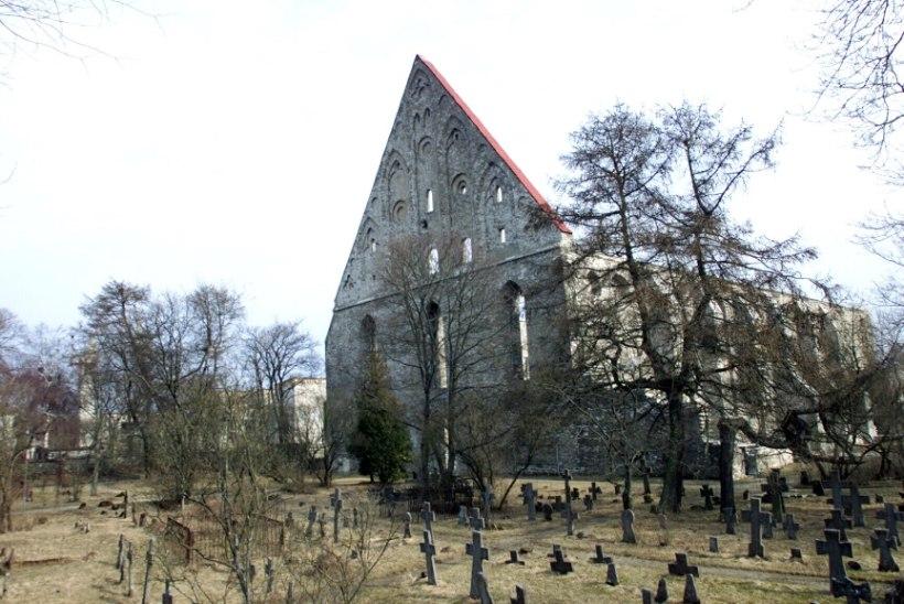 Ka Eestis on tähtsad kirikud tuleroaks langenud