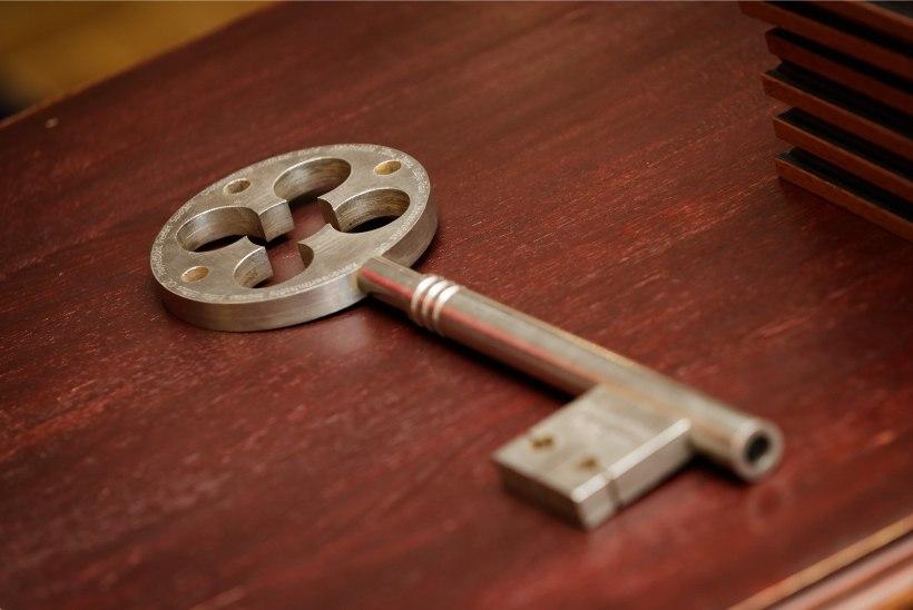 ÕL VIDEO JA FOTOD | Tuba on armastust täis ehk Renoveeritud Õnnepalee avas uksed