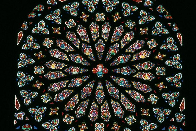 Notre-Dame ja tema aarded on saatusehoopides karastunud