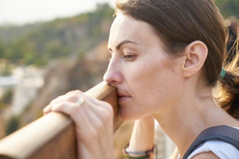 KAAL TÕUSEB OOTAMATULT? 9 üllatavat põhjust, miks kilod hakkavad kogunema