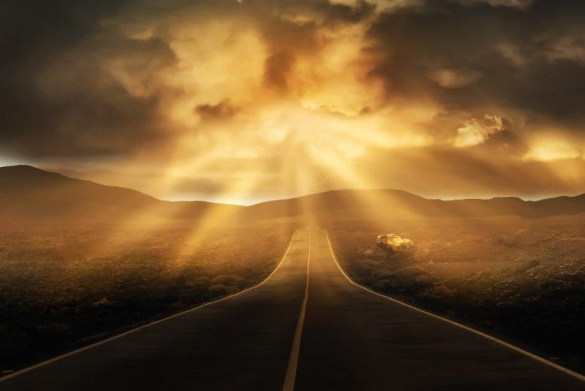 AVESTA 19. aprill   Tänane päev on pühendatud igavesele valgusele, mis saabub siis, kui võidetud on pimedusejõud