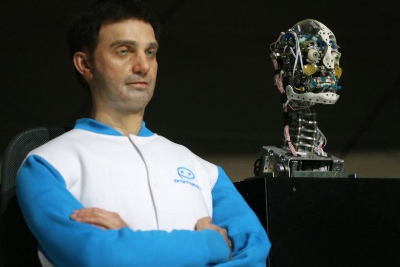 OOTAMATU UUDISTEANKUR: Vene humanoidrobot hirmutas televaatajaid