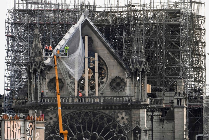 Jumalaema kiriku põlengu põhjustas elektrilühis?