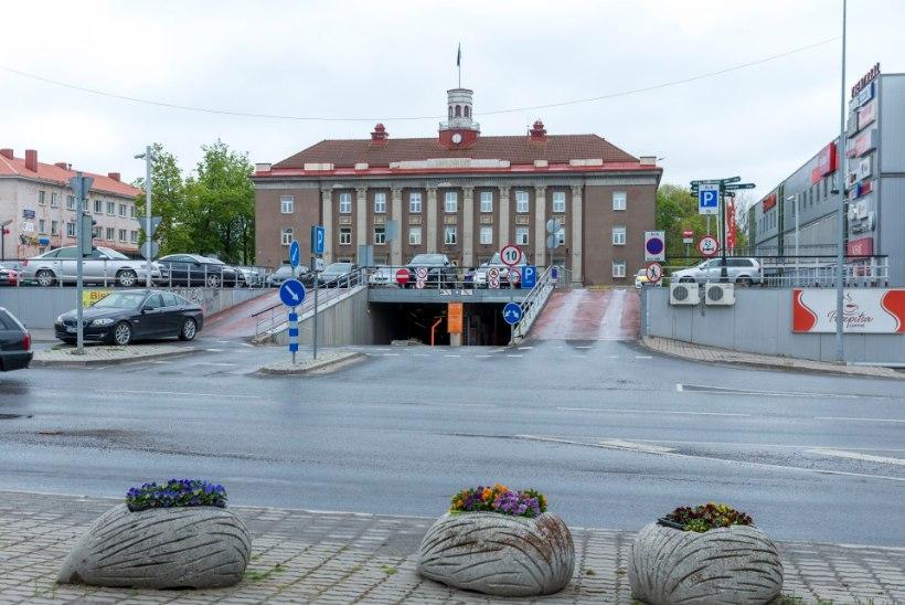 Puhastustöö Jõhvis: koondati kuues ametnik