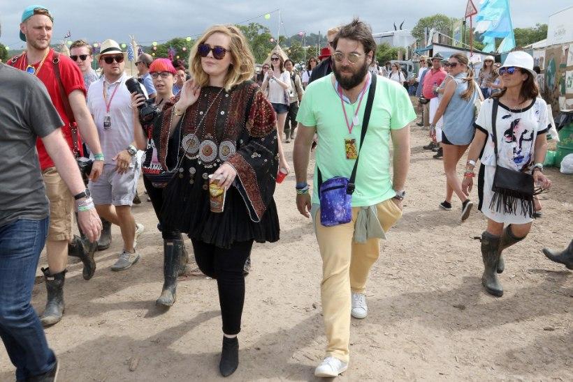 KURB UUDIS: Adele'i abielu on purunenud