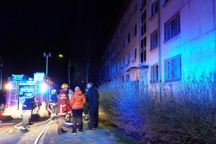 VEEL ÜKS OHVER: Kundas kortermaja tulekahjus viga saanud mees suri haiglas