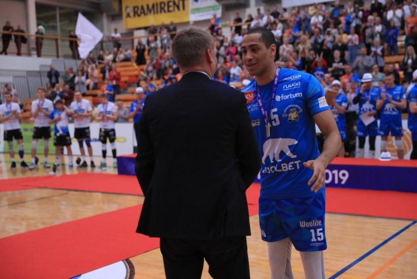 Finaalseeria staariks tõusnud Chizoba: olen Eesti parim mängija! Võib-olla jään Pärnusse, võib-olla mitte