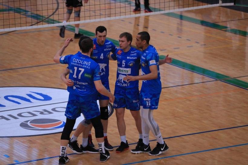 FOTOD | SUVEPEALINNA PIDU! Pärnu võitis dramaatilises mängus Tartut ka neljandat korda ja tuli kuivalt meistriks