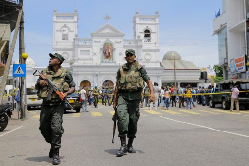 FOTOD JA VIDEO | VERISED PÜHAD: Sri Lanka pommirünnakutes hukkunute arv ligineb 300-le – kahtlustatakse enesetaputerroriste