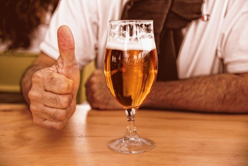 UURING: veidi alkoholi aitab võõrkeeles sujuvamalt rääkida
