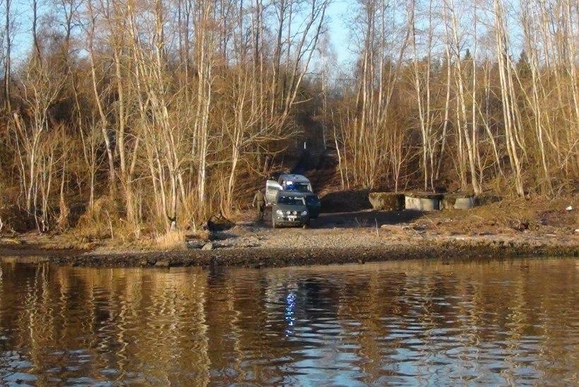 Piirivalvurid tabasid Narva jõest ebaseadusliku piiriületaja