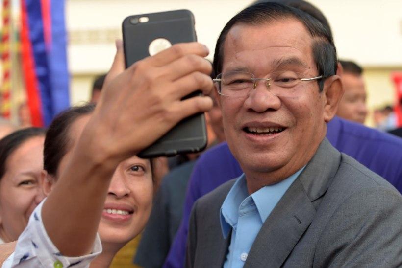 KAMBODŽA: tantsiv kuningas ja punakhmeerist peaminister