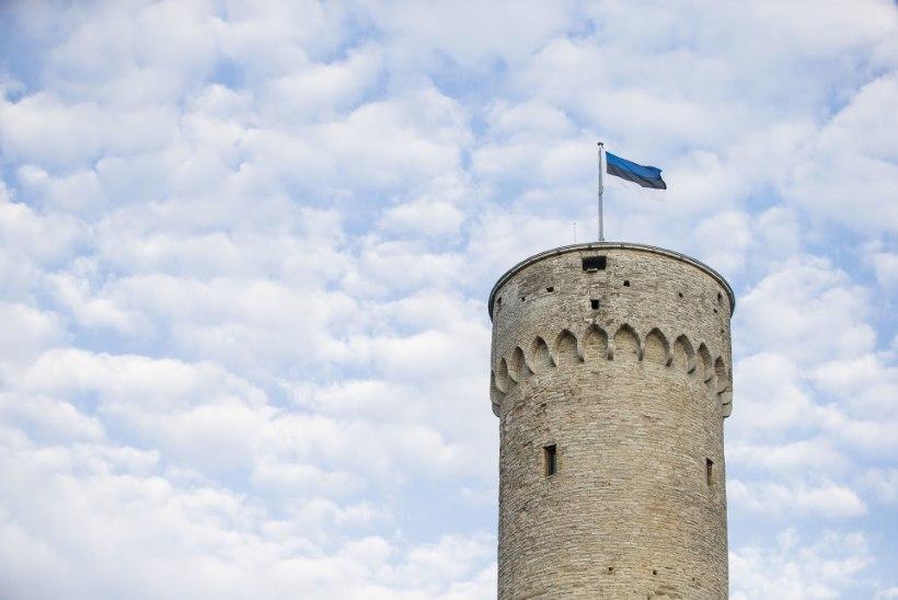 Riigikogu kantselei ei lubanud veteranipäeval sõjamehi Pika Hermanni lippu heiskama