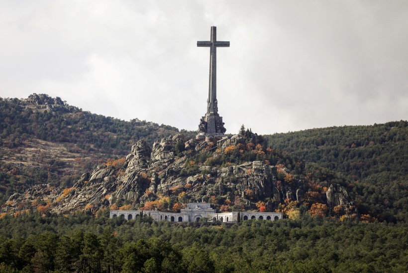Hispaanias käib äge valimisvõitlus diktaator Franco kontide ümber