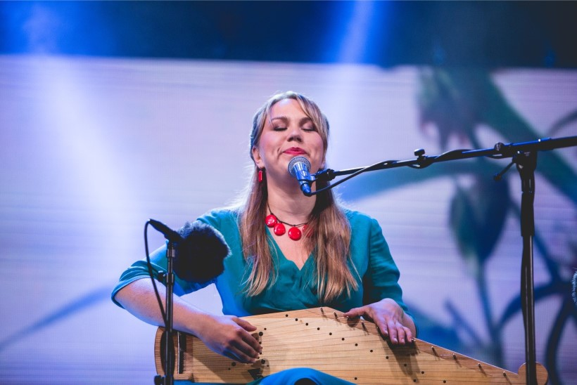 Lase end üllatada! Muusik Mari Kalkuni imelised leiud Eesti artistidelt