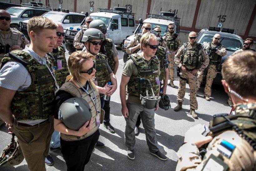 FOTOD   Nele-Liis Vaiksoo tutvus Afganistanis Eesti sõdurite teenistusega: siin viibides õpib hindama seda, kus ma ise elan