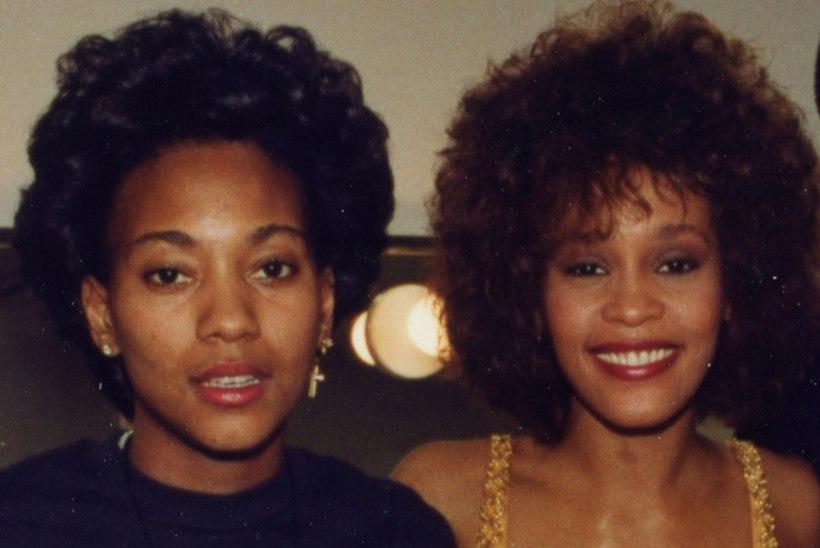 Whitney Houstoni väidetav lesbikallim kirjutab memuaare