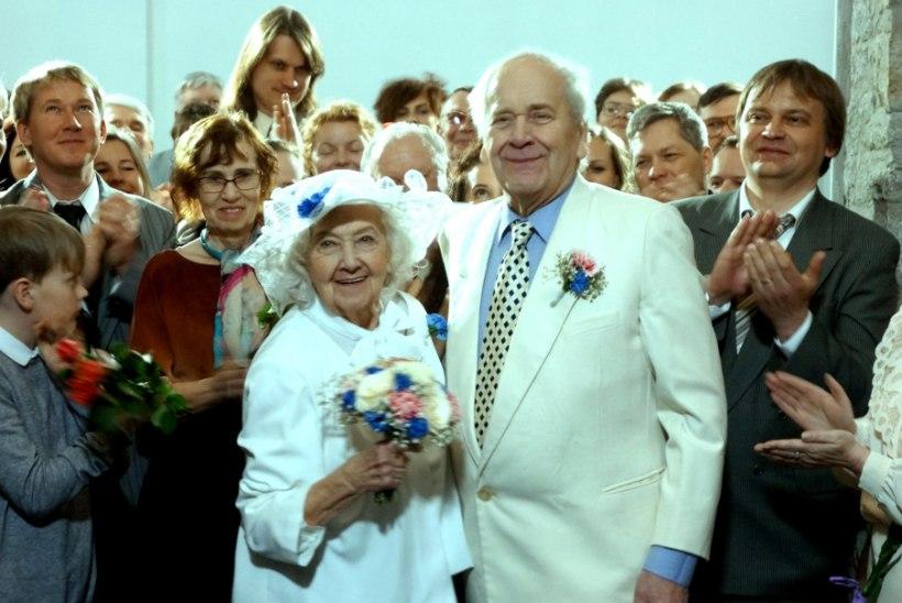 """""""ENSV"""" lõpuosas abielluv Ita Ever: """"Peeter Jürgens on väga šarmantne ja minu mekki meesterahvas! Ta meeldis mulle kohe esimesest hetkest!"""""""