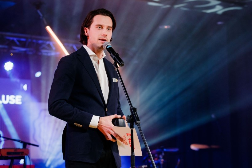Eesti eurolaulik Victor Crone salvestab Tel Avivis Eurovisioni postkaarti
