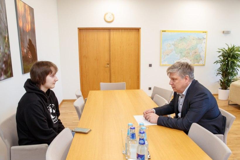 Minister Kiisler noorele kliimaaktivistile: tuumajaama rajamine on Eestile suur küsimus