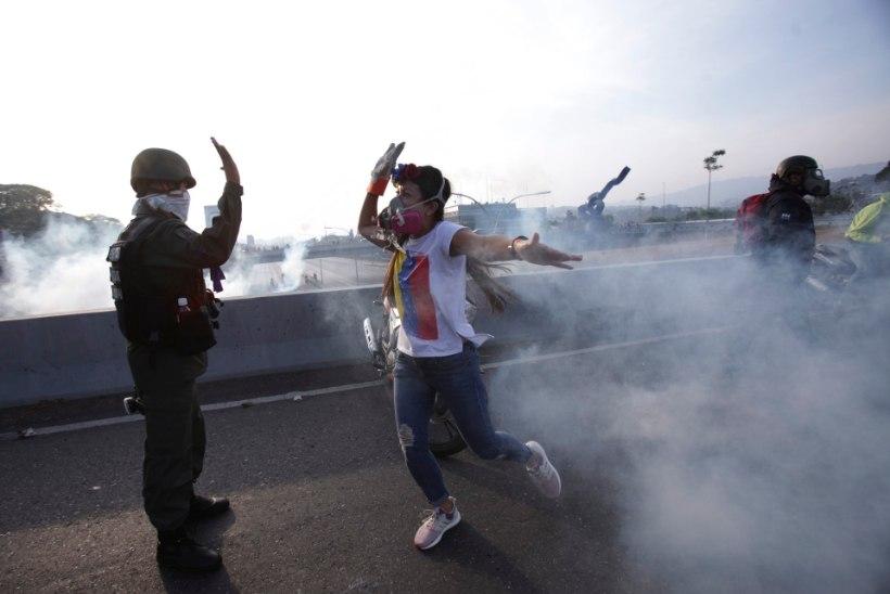 VENEZUELA KRIIS: Guaidó alustas riigipöördega, et Maduro troonilt tõugata