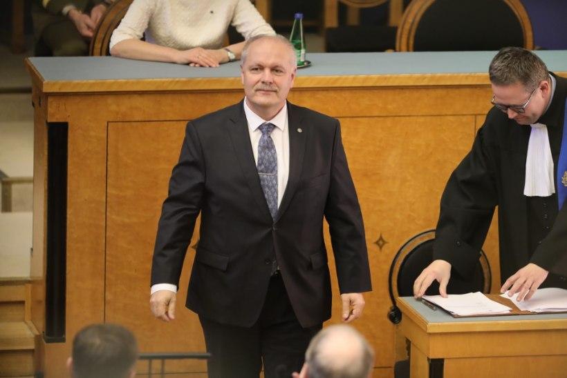 Riigikogu kuulutas Eesti tähtsuselt teiseks inimeseks Henn Põlluaasa