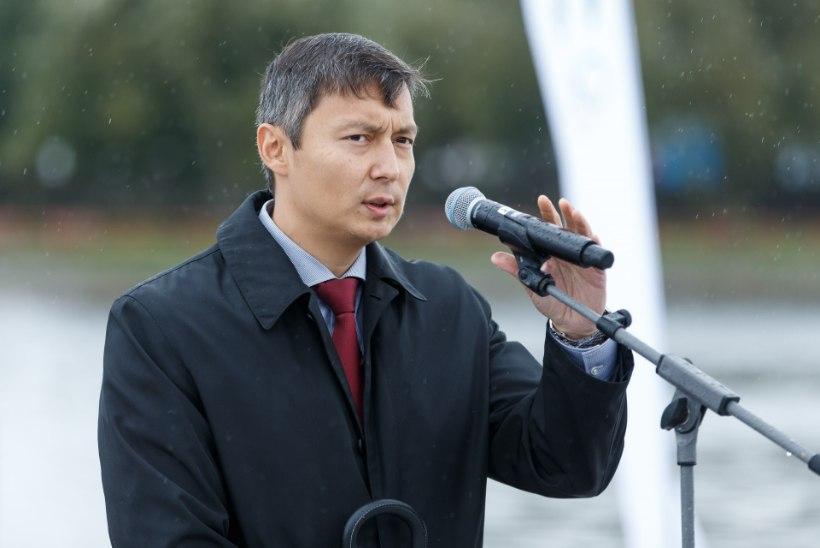 Keskerakond kinnitas Tallinna linnapeakandidaadiks Mihhail Kõlvarti, kuni linnavolikogu kinnituseni on meeri rollis Kalle Klandorf