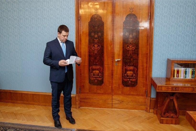 GALERII   Vaata, millise ilmega teatas Jüri Ratas valitsuse tagasiastumisest