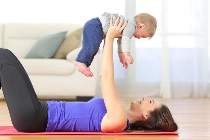VIDEO | Kuidas treenida kodus koos beebiga?
