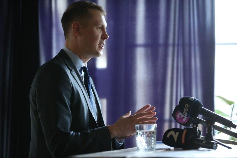 ÕL VIDEO JA FOTOD | Raimond Kaljulaid lahkub Keskerakonnast ja jätkab riigikogus parteituna