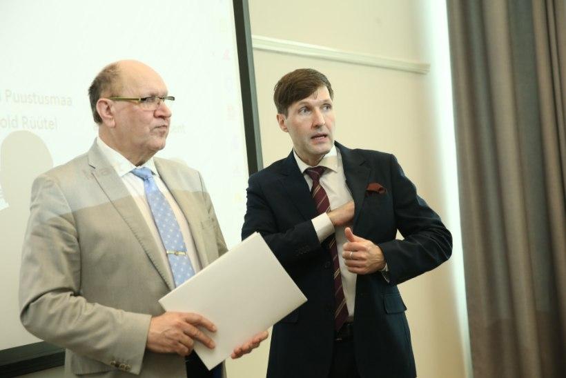 GALERII | EKRE volikogu kogunes ministrikandidaate heaks kiitma