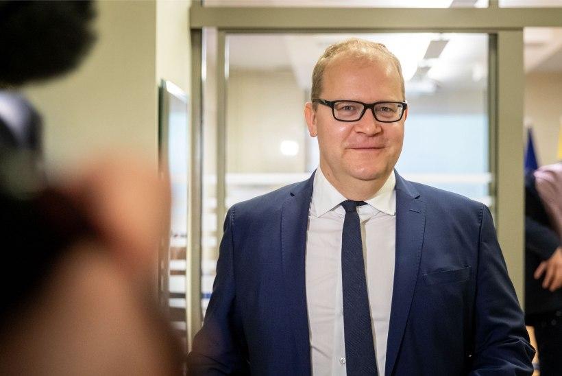 Urmas Paet: tulevane rahandusminister peaks hakkama tõsiselt võtma rahandusministeeriumi tööd ja kompetentsi