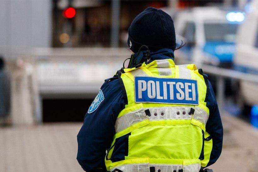 Politseinikud kasutasid agressiivselt käitunud mehe vastu taserit