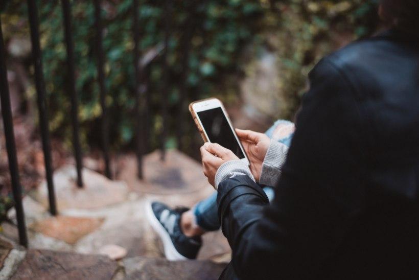 Ei saa telefoni käest? 6 tõhusat nippi, kuidas lahti saada nutisõltuvusest
