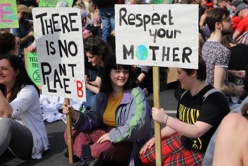 TEISENA MAAILMAS: Iirimaa kuulutas välja kliimakriisi
