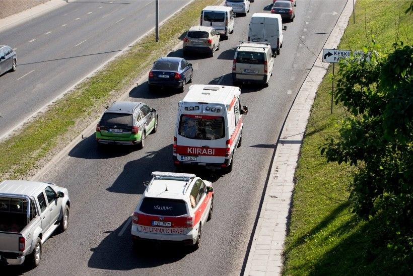 Tallinna kiirabi juht: mobiil-ID katkestus segas meie tööd, aga see ei olnud fataalne