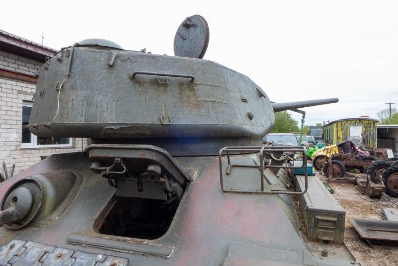 GALERII   Saaremaal on vaatamiseks ehtne tank