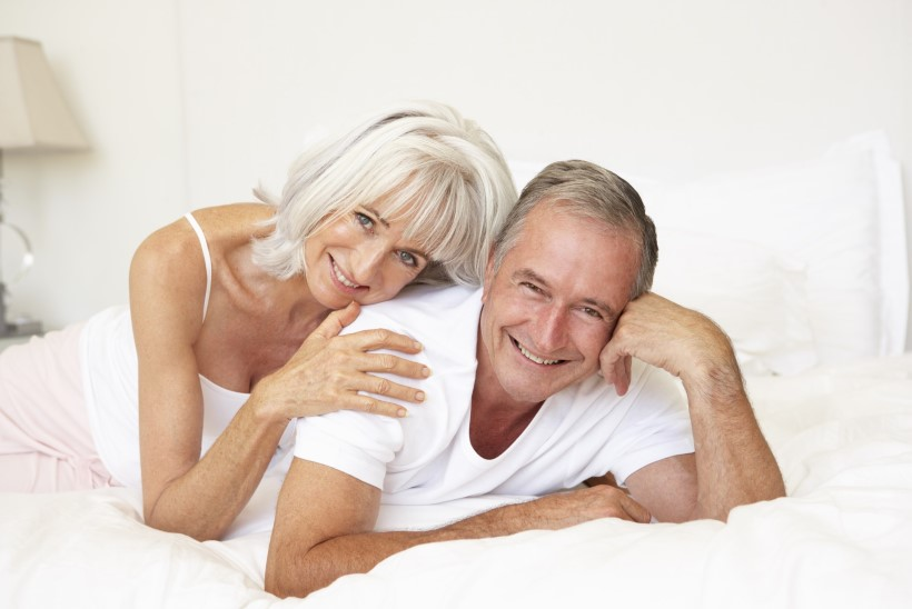 Seks kuldses eas: isegi kui me vahekorda ei soovi, vajame armastavaid puudutusi ja silitusi